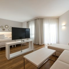 Отель Apartamentos Y Villas Oliva Nova Golf Олива комната для гостей фото 4