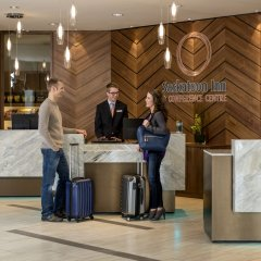 Отель Saskatoon Inn сауна