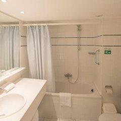 Отель Ostend Hotel Бельгия, Остенде - отзывы, цены и фото номеров - забронировать отель Ostend Hotel онлайн ванная
