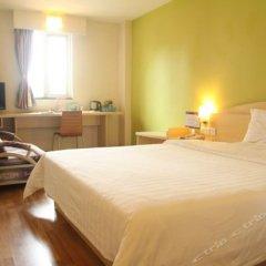 Отель 7 Days Inn Jiangmen 1st Gangkou Road Phoenix Mountain Station Branch комната для гостей фото 4