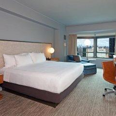 Отель New York Hilton Midtown 4* Номер Skyline с двуспальной кроватью