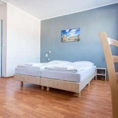 Отель a&o Dresden Hauptbahnhof комната для гостей