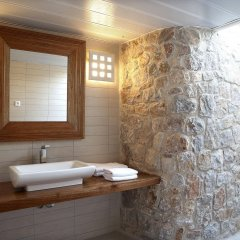 Отель Meltemi Village ванная фото 2