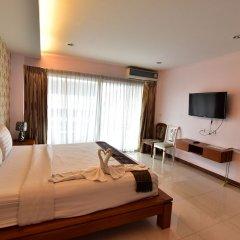 Апартаменты Kaewfathip Apartment Паттайя комната для гостей фото 3