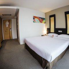 Отель Gold Orchid Bangkok сейф в номере