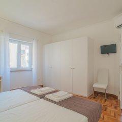 Апартаменты City Center Stylish Apartment Лиссабон комната для гостей фото 3
