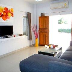 Отель Green Leaf 3 Nai Harn 2 bedrooms Villa комната для гостей фото 4