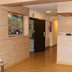 Отель Hostal Rocamar Испания, Сантандер - отзывы, цены и фото номеров - забронировать отель Hostal Rocamar онлайн интерьер отеля