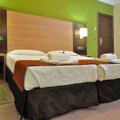 Отель Hostal Ballesta Испания, Мадрид - 3 отзыва об отеле, цены и фото номеров - забронировать отель Hostal Ballesta онлайн комната для гостей фото 4