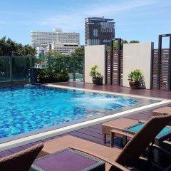 Отель April Suites Pattaya Паттайя бассейн фото 2