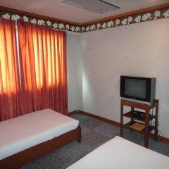 Отель Holiday Plaza Hotel Филиппины, Себу - отзывы, цены и фото номеров - забронировать отель Holiday Plaza Hotel онлайн комната для гостей