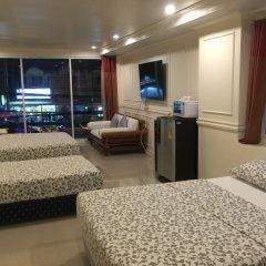 Отель Phuket Airport Suites & Lounge Bar - Club 96 Таиланд, Пхукет - отзывы, цены и фото номеров - забронировать отель Phuket Airport Suites & Lounge Bar - Club 96 онлайн комната для гостей фото 5