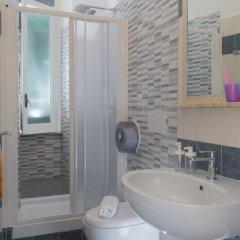 Отель Carlito Budget Rooms ванная фото 3