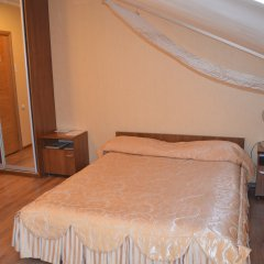 Гостиница Парк Отель в Оренбурге 14 отзывов об отеле, цены и фото номеров - забронировать гостиницу Парк Отель онлайн Оренбург комната для гостей фото 4