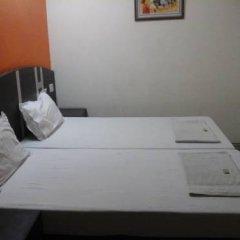 Hotel Surya Plaza удобства в номере фото 2