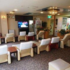 Отель Capsule and Sauna Century Япония, Токио - отзывы, цены и фото номеров - забронировать отель Capsule and Sauna Century онлайн гостиничный бар