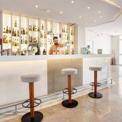 Отель Grupotel Alcudia Suite гостиничный бар