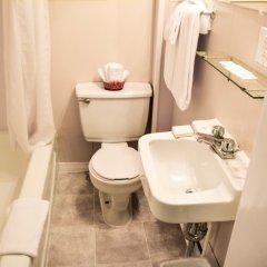 Отель Auberge du Village Shawville Motel ванная фото 2