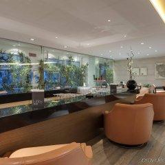 Отель Barceló Aran Mantegna гостиничный бар