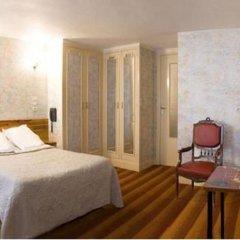 Отель Tiquetonne Франция, Париж - отзывы, цены и фото номеров - забронировать отель Tiquetonne онлайн комната для гостей фото 5