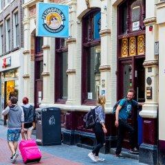 Отель Flying Pigs Downtown Hostel Amsterdam Нидерланды, Амстердам - 1 отзыв об отеле, цены и фото номеров - забронировать отель Flying Pigs Downtown Hostel Amsterdam онлайн спортивное сооружение