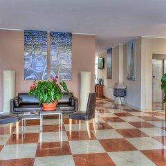 Отель Evenia Platja Mar Испания, Калафель - отзывы, цены и фото номеров - забронировать отель Evenia Platja Mar онлайн интерьер отеля