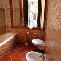 Отель Residenza San Maurizio ванная фото 2