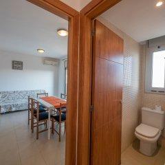 Отель Apartaments AR Espronceda Испания, Бланес - отзывы, цены и фото номеров - забронировать отель Apartaments AR Espronceda онлайн комната для гостей фото 5