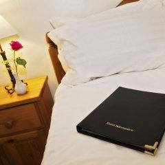 Отель St Raphael Guest House в номере