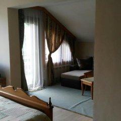 Отель Guest House Raffe Банско комната для гостей фото 5