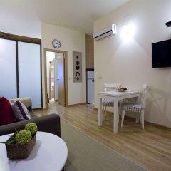 Отель Apartamentos Duque De Alba Мадрид комната для гостей фото 5