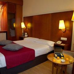 Отель Vincci Ciudad de Salamanca сейф в номере