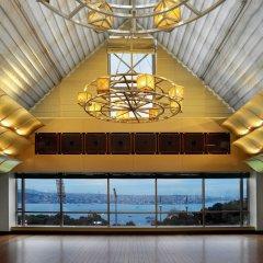 Отель The Ritz Carlton интерьер отеля
