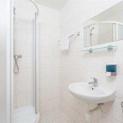 City Inn Hotel Прага ванная