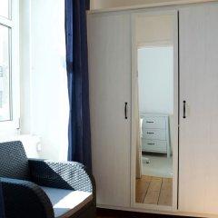 Отель 2 Bedroom Flat In Central Edinburgh Эдинбург сейф в номере