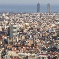 Отель Crowne Plaza Barcelona - Fira Center Испания, Барселона - 3 отзыва об отеле, цены и фото номеров - забронировать отель Crowne Plaza Barcelona - Fira Center онлайн пляж