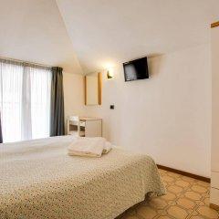 Отель Villa dei Gerani Италия, Римини - отзывы, цены и фото номеров - забронировать отель Villa dei Gerani онлайн комната для гостей