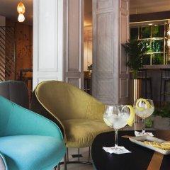 Отель One Shot Palacio Reina Victoria 04 гостиничный бар