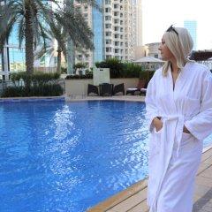 Отель Ramada Downtown Dubai ОАЭ, Дубай - 3 отзыва об отеле, цены и фото номеров - забронировать отель Ramada Downtown Dubai онлайн бассейн