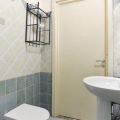 Отель Trevi Fountain Guesthouse Италия, Рим - отзывы, цены и фото номеров - забронировать отель Trevi Fountain Guesthouse онлайн ванная фото 2