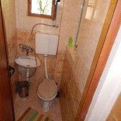 Отель Natali Apartment Болгария, Правец - отзывы, цены и фото номеров - забронировать отель Natali Apartment онлайн ванная фото 2