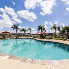 Отель Econo Lodge Кингсвилль бассейн