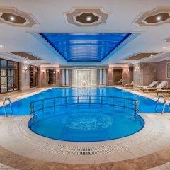 Elite World Istanbul Hotel Турция, Стамбул - отзывы, цены и фото номеров - забронировать отель Elite World Istanbul Hotel онлайн бассейн