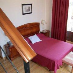 Отель Comte Tallaferro Испания, Олот - отзывы, цены и фото номеров - забронировать отель Comte Tallaferro онлайн комната для гостей фото 3