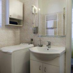 Отель Happy Prague Apartments Чехия, Прага - 1 отзыв об отеле, цены и фото номеров - забронировать отель Happy Prague Apartments онлайн ванная фото 2