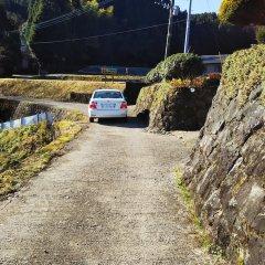 Отель NISHINOKUBO Япония, Минамиогуни - отзывы, цены и фото номеров - забронировать отель NISHINOKUBO онлайн парковка