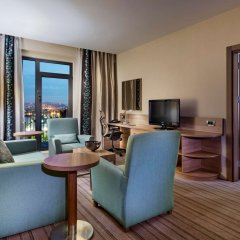 Отель Hilton Garden Inn Istanbul Golden Horn удобства в номере