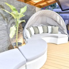 Отель House With 2 Bedrooms in Puna'auia, With Enclosed Garden and Wifi бассейн