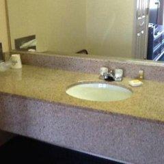 Отель Days Inn & Suites by Wyndham Vicksburg ванная фото 2
