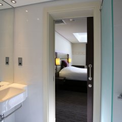 Отель ibis styles Sharjah Hotel ОАЭ, Шарджа - отзывы, цены и фото номеров - забронировать отель ibis styles Sharjah Hotel онлайн ванная фото 2